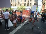 写真に写っているのは共用自転車。共用自転車を貸し出す試みです。